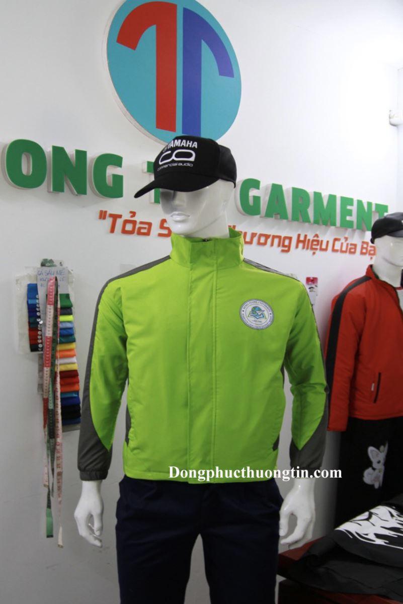 Xưởng may áo khoác quà tặng giá rẻ uy tín chất lượng