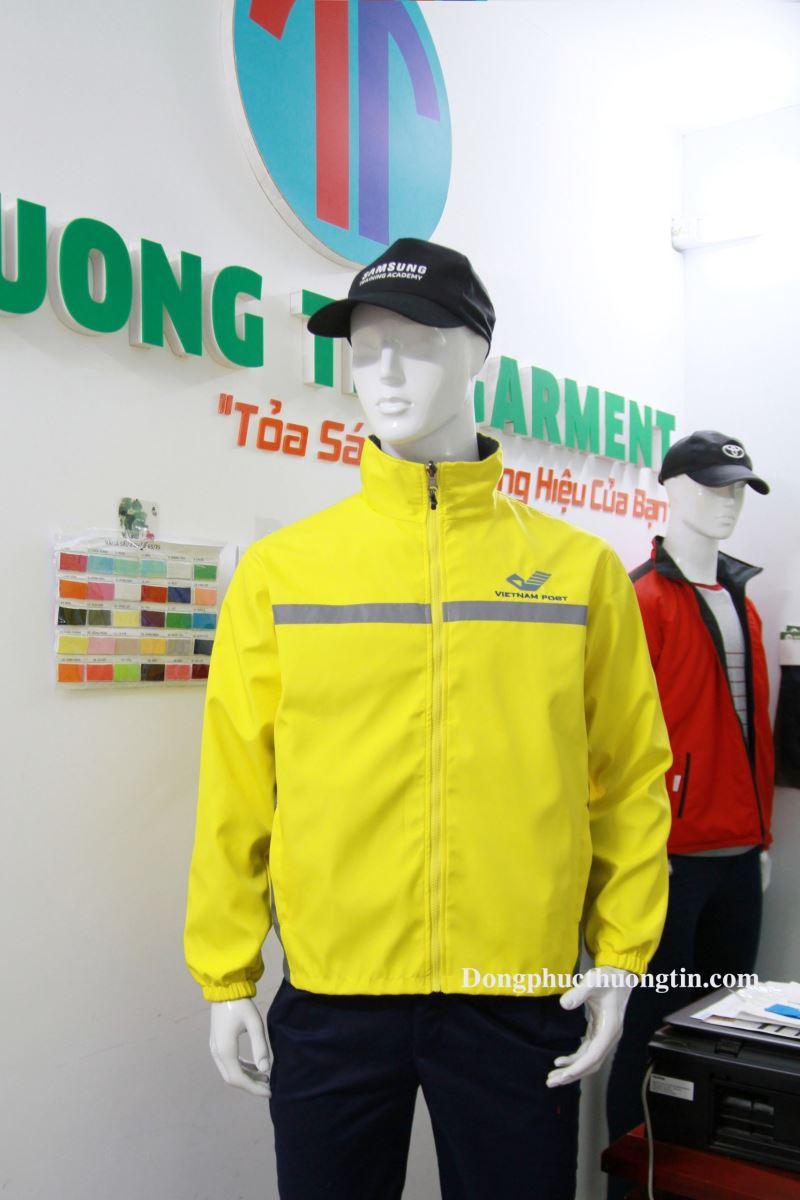 Những lợi ích khi may áo khoác, áo gió đồng phục quận 9 tại Thượng Tín