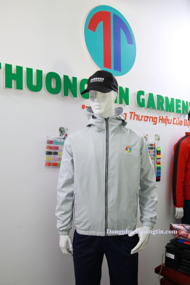 Địa chỉ may áo khoác đồng phục trên toàn quốc