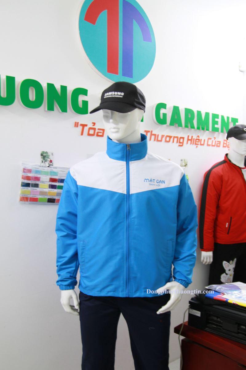 Xưởng may áo khoác đồng phục chất lượng nhất thị trường