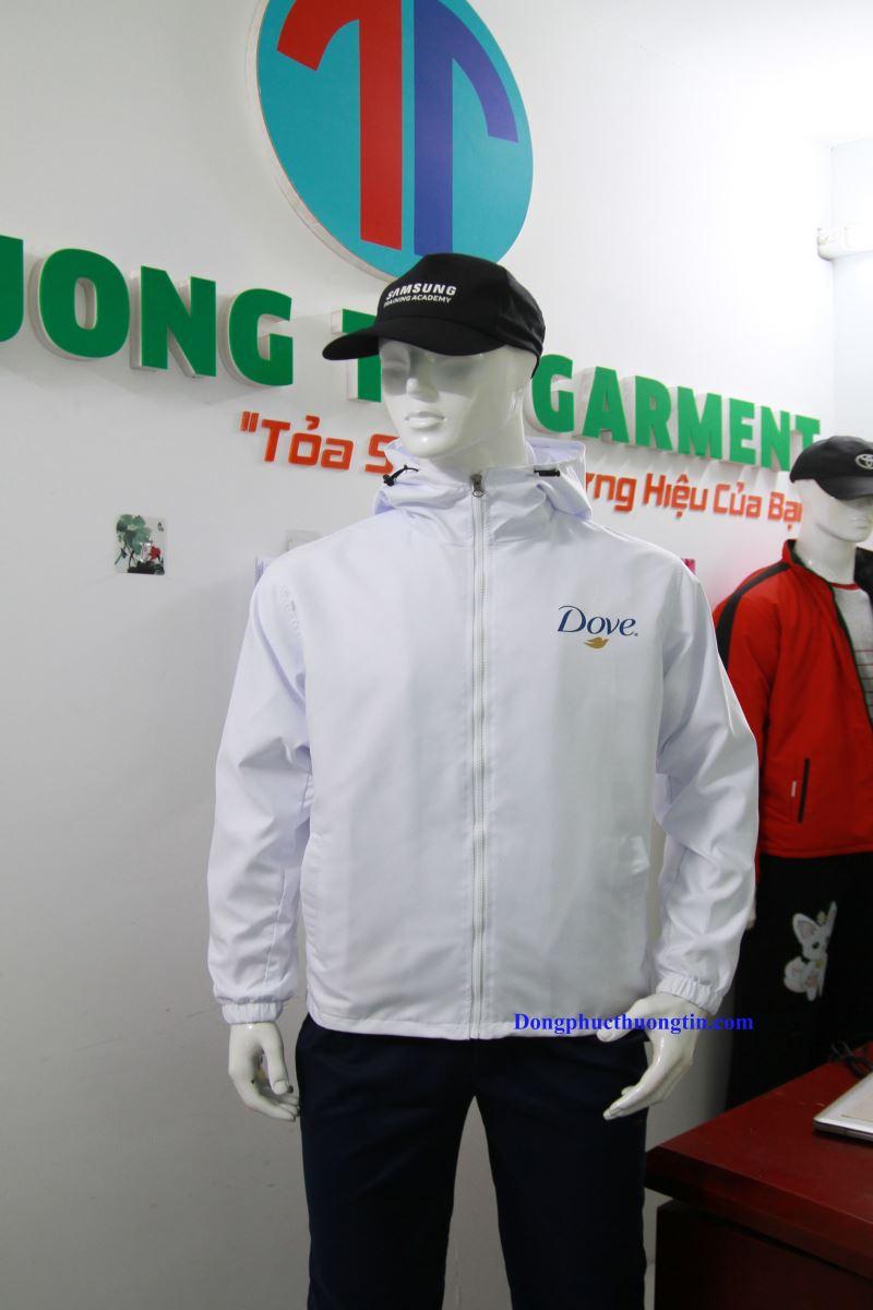 Bí quyết may áo khoác đồng phục đẹp, chất lượng