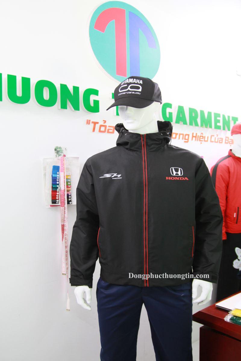 Xưởng may áo gió đồng phục uy tín, chất lượng tại Bình Định