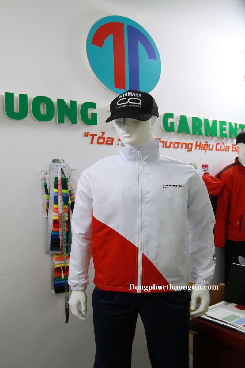 May áo khoác đồng phục tại Bình Định