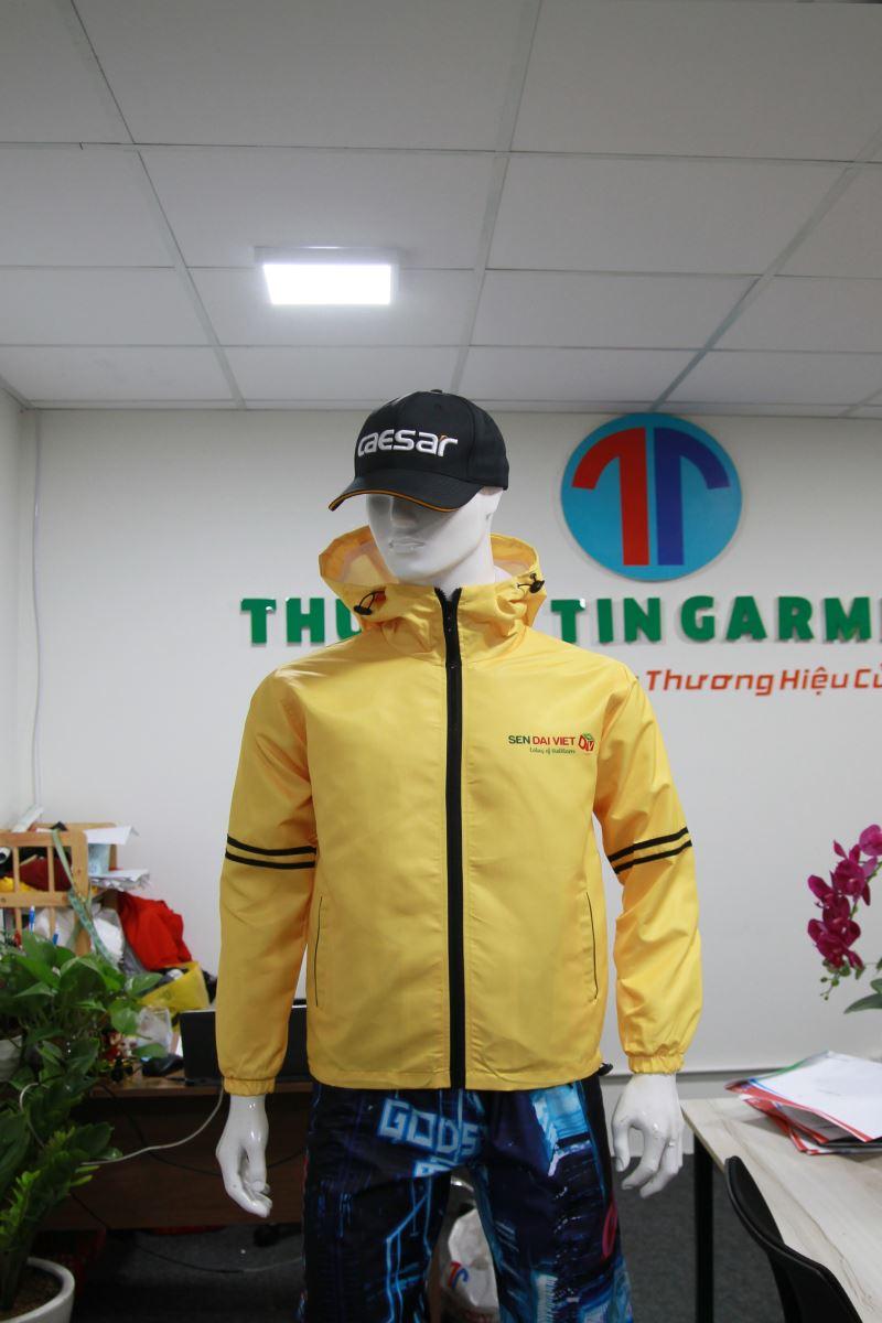 Những lợi ích tuyệt vời khi may áo khoác, áo gió đồng phục quận 2