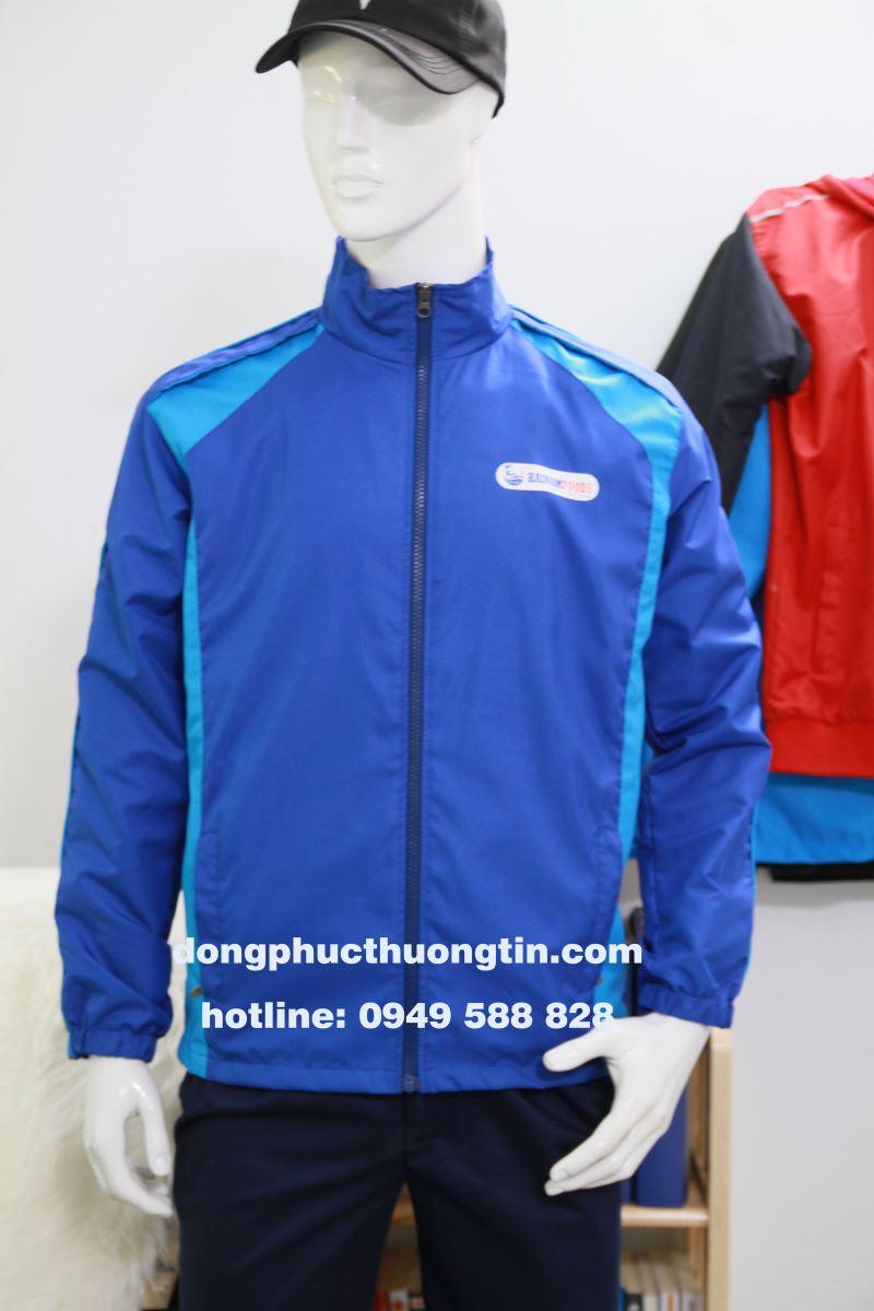 May áo khoác đồng phục toàn quốc tại xưởng may Thượng Tín chất lượng số 1 hiện nay