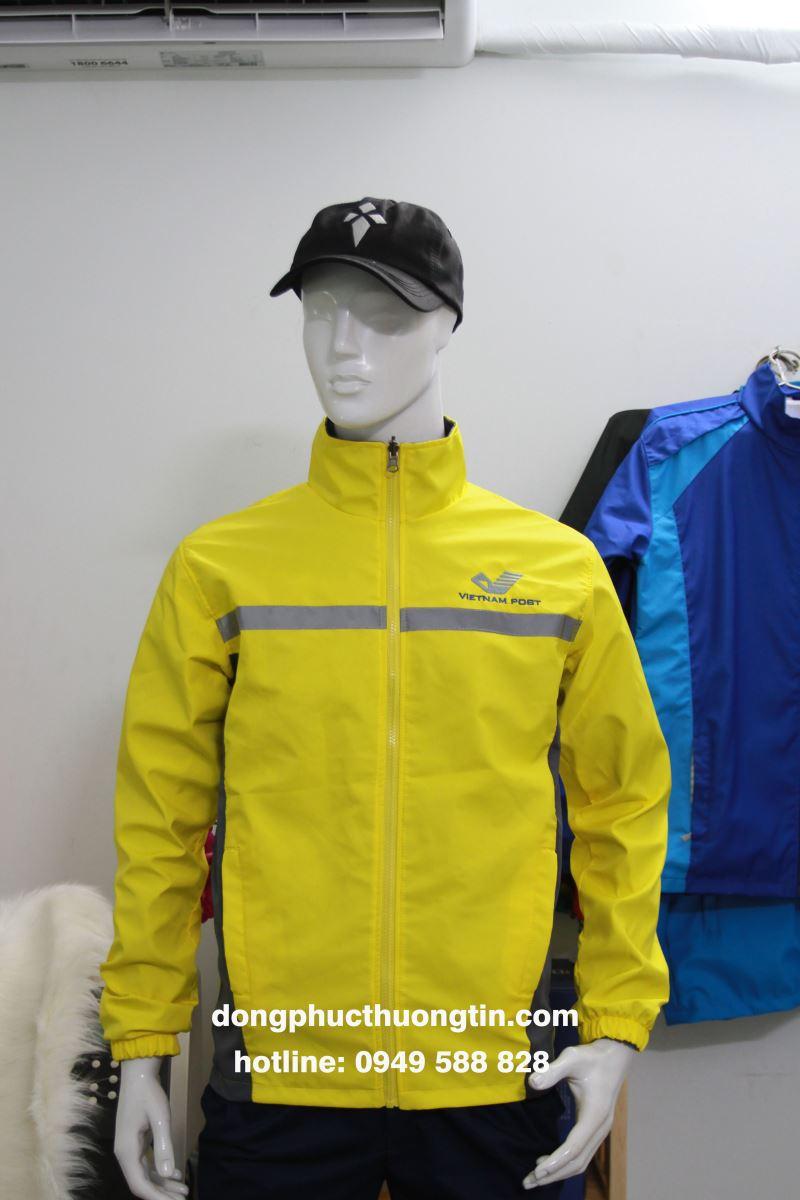Xưởng may áo khoác hai lớp nào chất lượng nhất hiện nay?