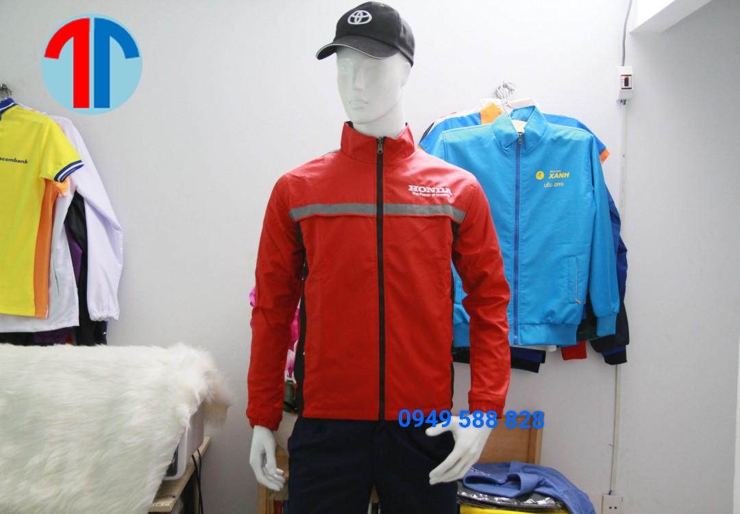 Nên đặt may áo khoác đồng phục ở đâu tốt nhất tại Đà Nẵng?