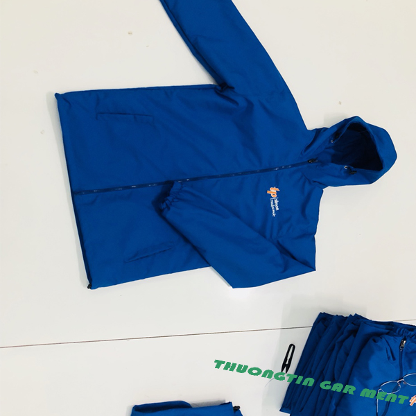 May áo gió, áo khoác đồng phục tại xưởng giá rẻ