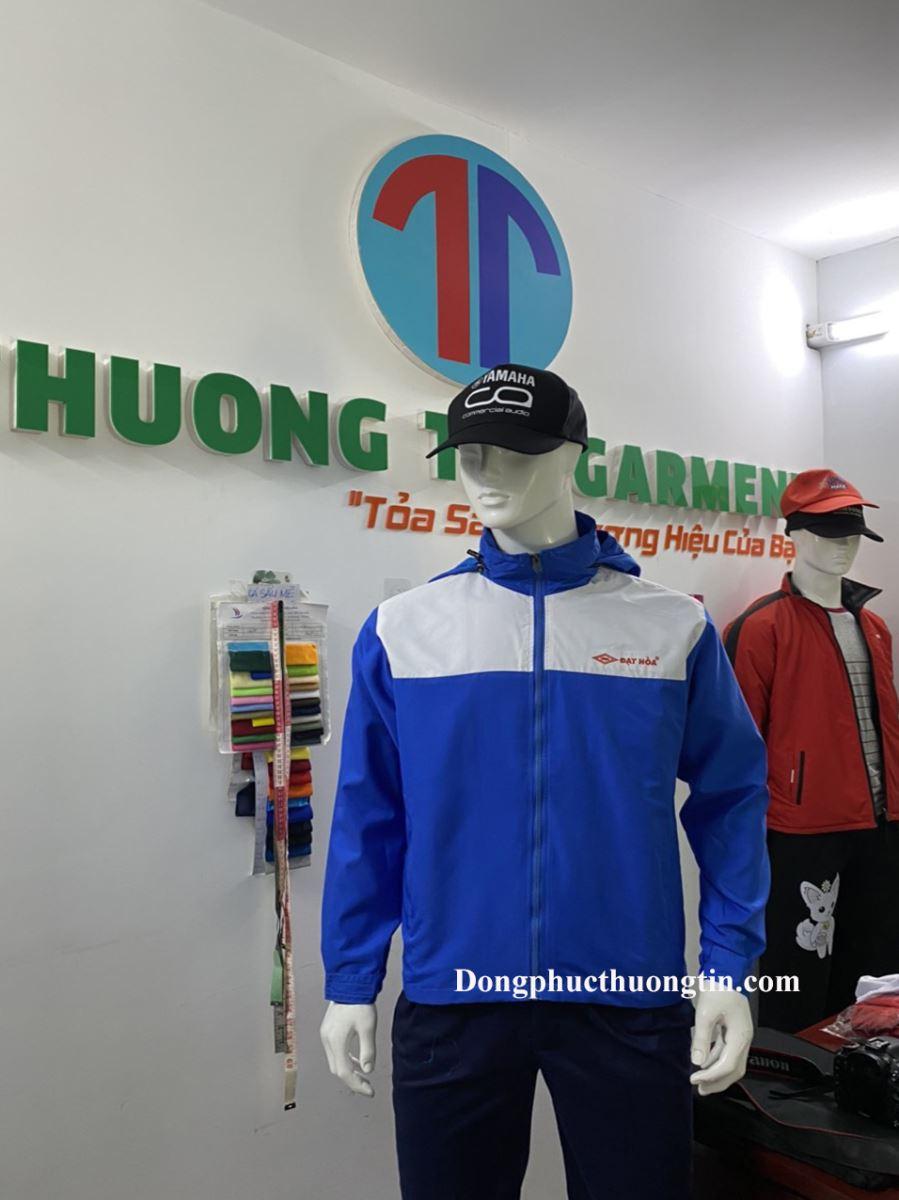 Lý do bạn nên chọn áo khoác quà tặng doanh nghiệp?